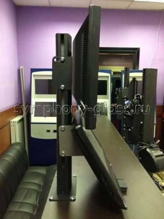 Настольная букмекерская стойка для 2-х мониторов с креплением к столу