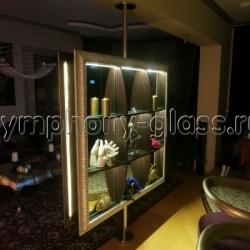 Стойка-Студио Распорная c зеркалами и подсветкой